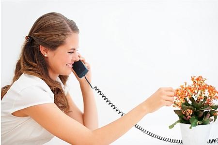 """""""Gaston y'a l'telephon qui son"""" - Source de l'image:http://www.pratique.fr"""