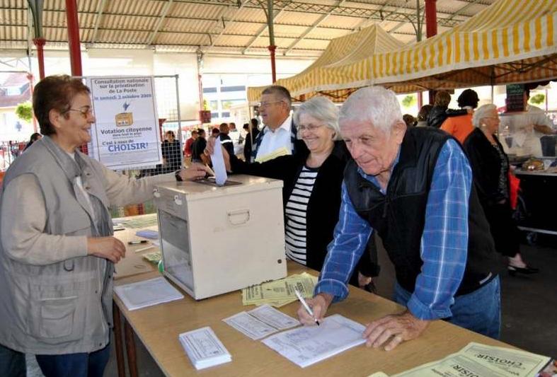 Elections régionales : les aînés ont voté grâce aux bénévoles - Source de  l'Image : http://www.niouzes-vic.net